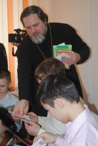 Представители Енисейского казачества побывали в гостях у детей, находящихся в центре временного содержания г. Красноярска