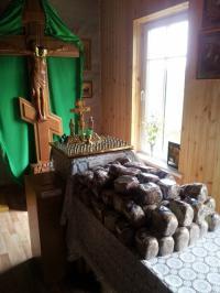 Традиция, раздачи освященного хлеба малоимущим и многодетным прихожанам