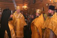 Правящий архиерей возглавил Божественную литургию в красноярском Александро-Невском храме